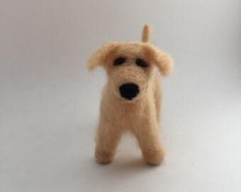 Needle-Felted Golden Retriever Dog Sculpture