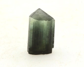 Paprok Nuristan 4.70 ct Afghanistan Mineral stone raw mineral specimen Polychrome tourmaline