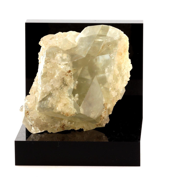 Dolomite Brumado, macle. 582.6 ct. Brumado, Dolomite Bahia, Brésil. Réf : SKU024318 a31751