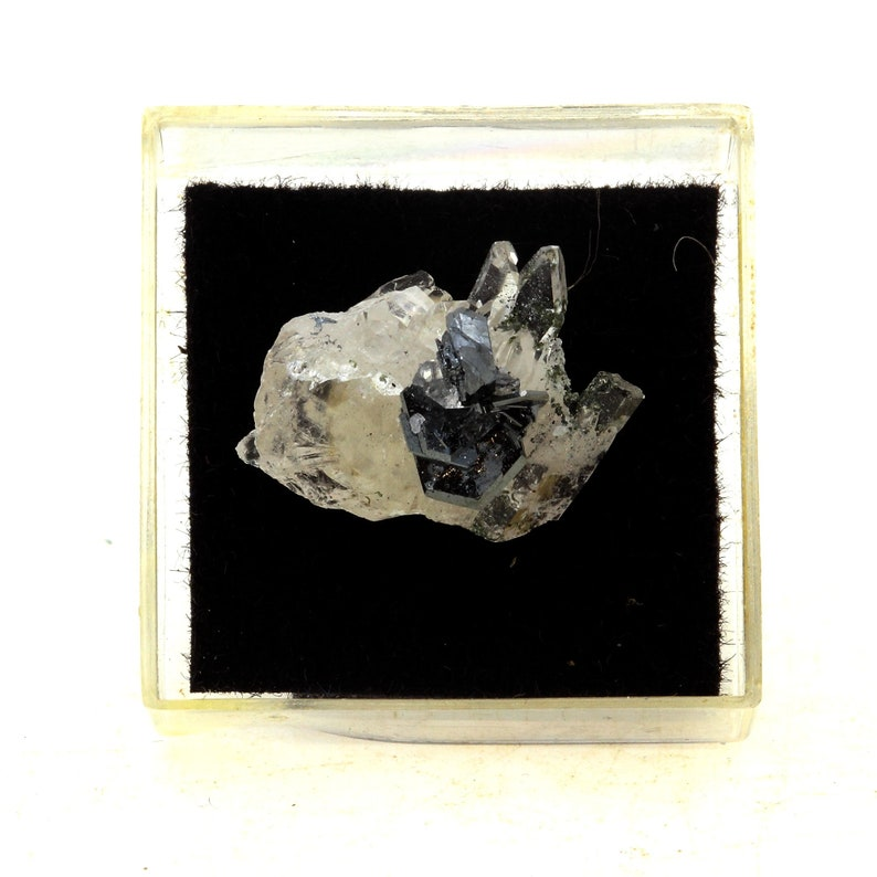Quartz France Hematite 18.5 ct Saint Christophe-en-Oisans