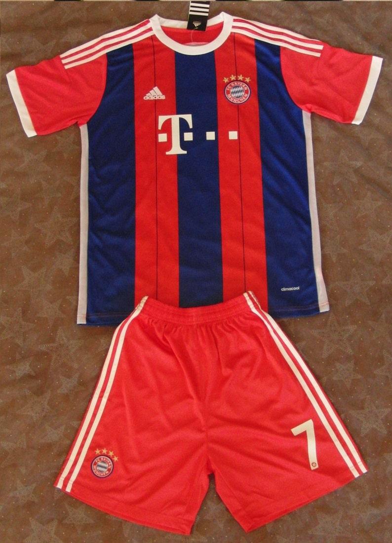 the best attitude 275cf c75c5 FC Bayern Munich Home Jersey (with shorts) 2014-15 (Götze No.19) Size M