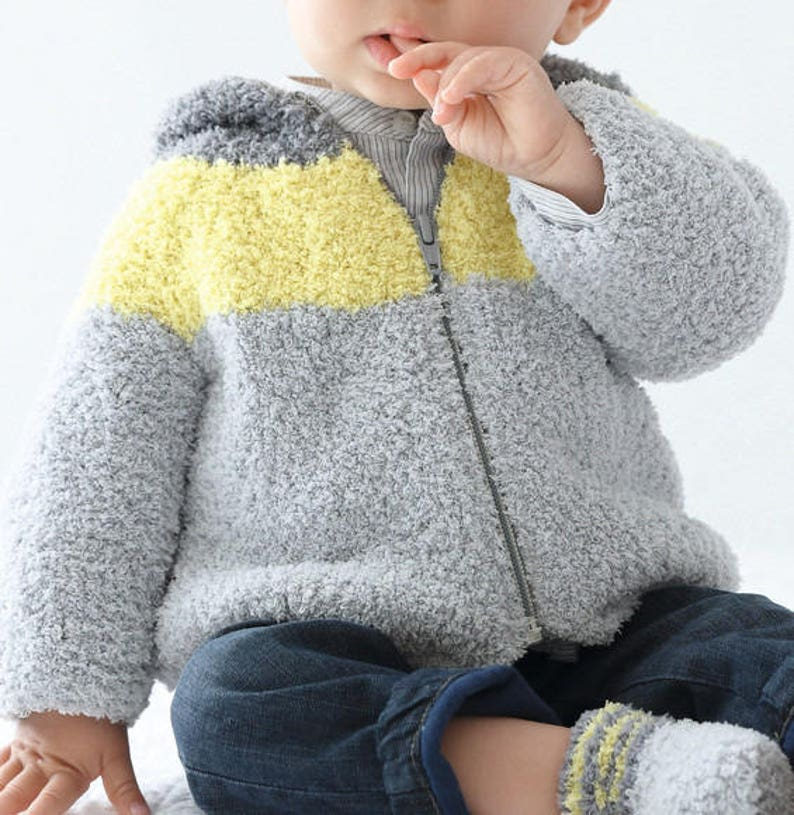 Vest hooded baby and children from 3 months to 4t 100/% handmade