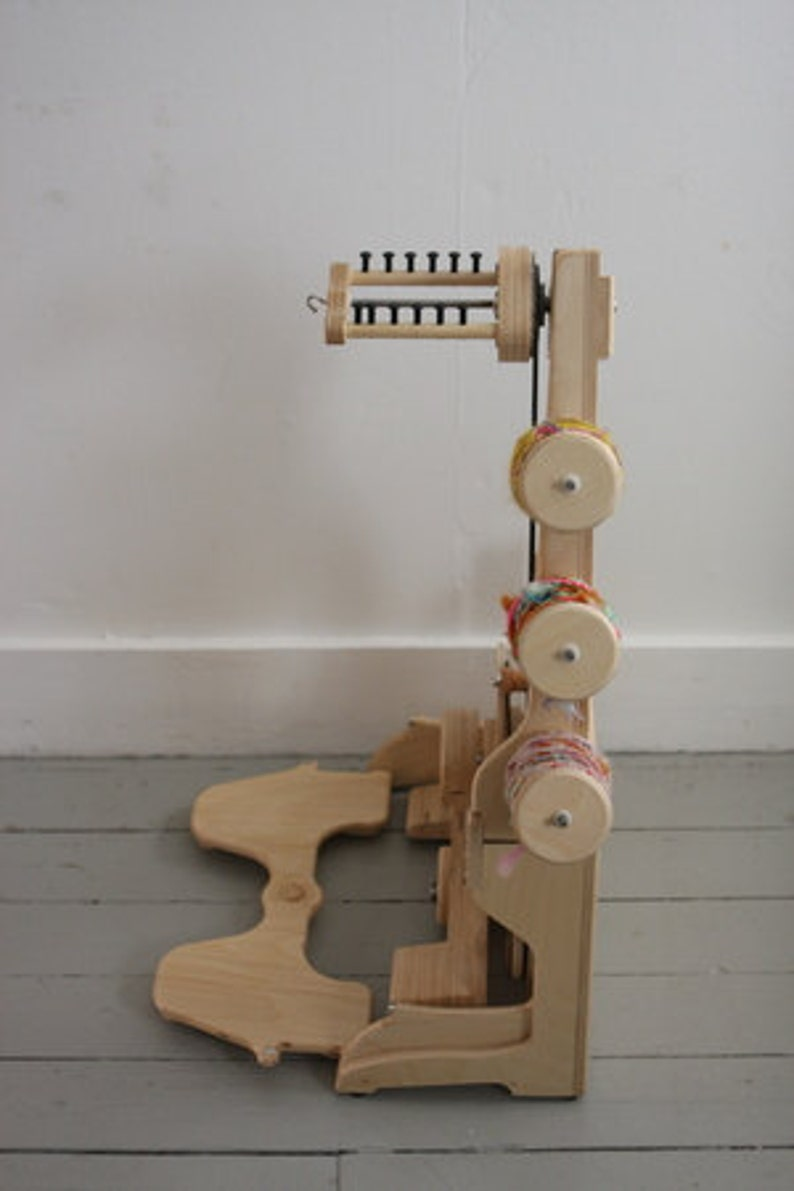 Spinolution King Bee Spinning Wheel