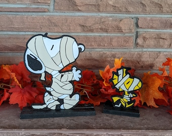 Mummy Snoopy and Woodstock Tabletop Decoration