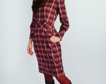 Women's  plaid dress  Warm dress Burgundy Marsala Red dress with long sleeves