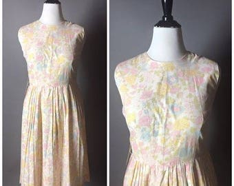 Vintage 50s dress / 1950s dress / cotton dress / day dress / floral dress / summer dress / pin up dress 8038