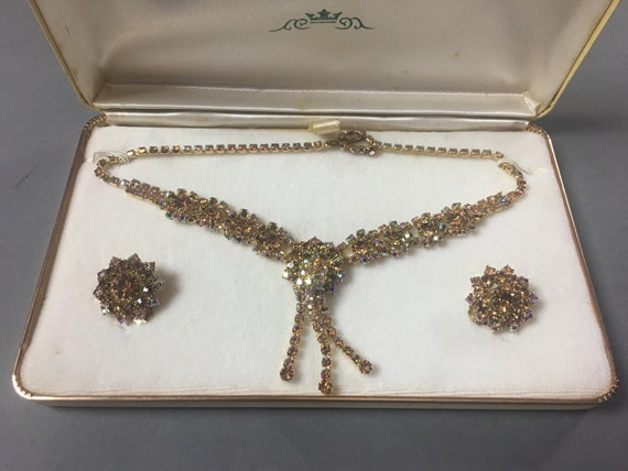 Vintage rhinestone necklace earring set / iridesce