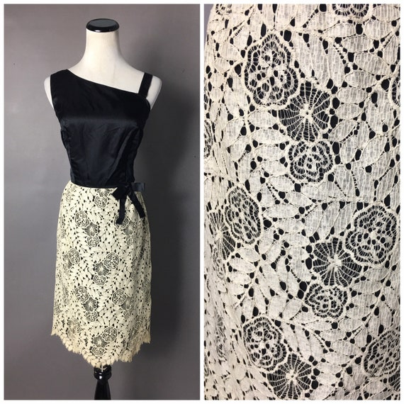 Vintage 50s dress / 1950s dress / SPIDER WEB flora