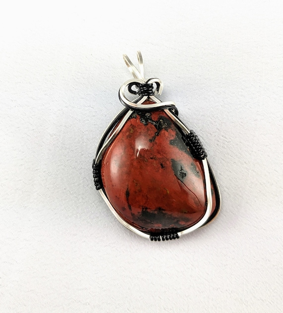 Gift For Grandma Birthday. Red Lace Agate Copper Wire Wrapped Necklace Mama Capricorn Gemstone Crystal Necklace Homemade Designer Jewelry