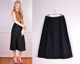 Vintage Black Striped Pleated Skirt