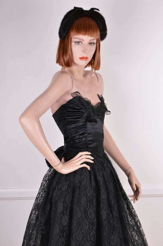 80s Does 50s Strapless Sweetheart Neckline Black … - image 4