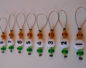Stitch markers numbered orange and green knit