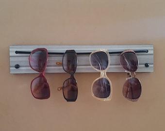 10767a2f4d28 Sunglasses organizer