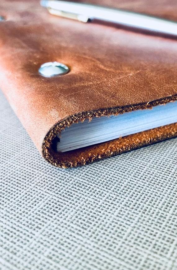 Wide Cut, Shale 1 Leather Binder Murdy No