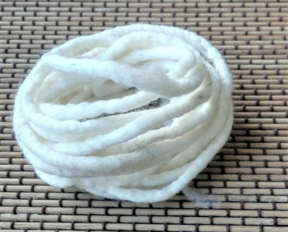 Handmade Felt Thread Ivory Wool Felted Cord 100/% Wool Felt Cord from 5mm thickness Wool Felt String Wool Felt Rope 3 yards long