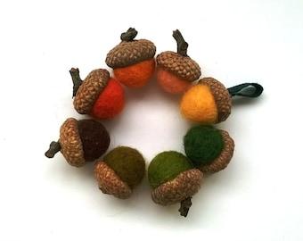8 felt acorns, felt balls, woodland decor, acorn beads, acorn caps, acorn hats, oak tree, acorn tops, soft colors decor acorn centerpiece