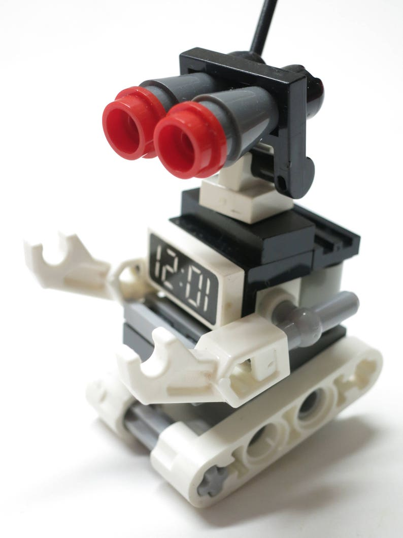 Battle Bot Beautiful LEGO Transformer <> Special Limited Edition <>