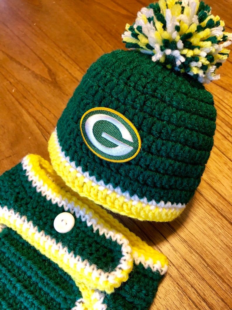 6a57860cb7c Green Bay Packers Baby Boy Football Newborn Hat and Diaper