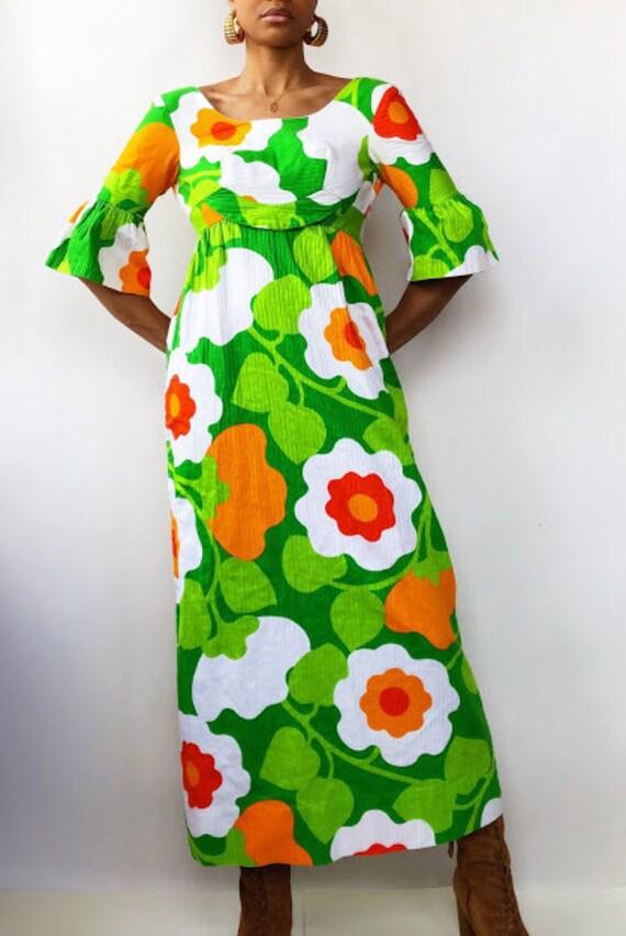 60s Malia Honolulu Bold Floral Maxi Dress (XS)