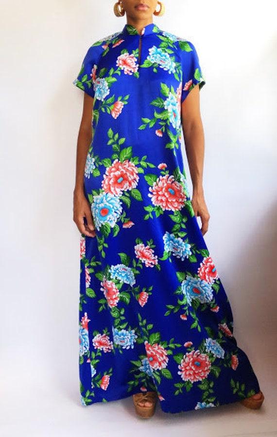 Hilo Hatties Royal Blue Floral Maxi Dress (L/XL)
