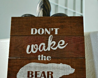 "Reclaimed Rustic Wood Sign: Don't Wake the Bear 10""x12""// Cabin // Nursery // Children's Room // Woodland //"