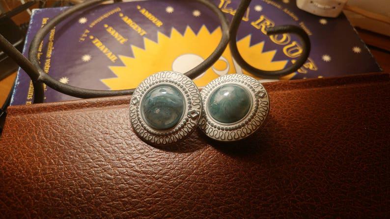 pretty art deco motifs \u2022 Montreal Quebec Canadian Vintage Shop Vintage drop black and white clip earring vintage plastic lucite Bakelite