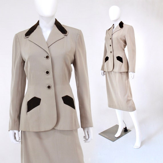 1940s Beige Suit with Brown Velvet Trim - 1940s Wo