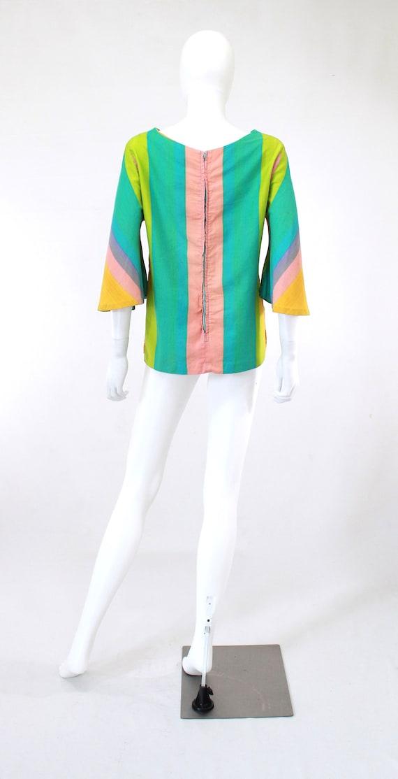 1960s Rainbow Tunic Blouse - 1960s Angel Sleeves … - image 9