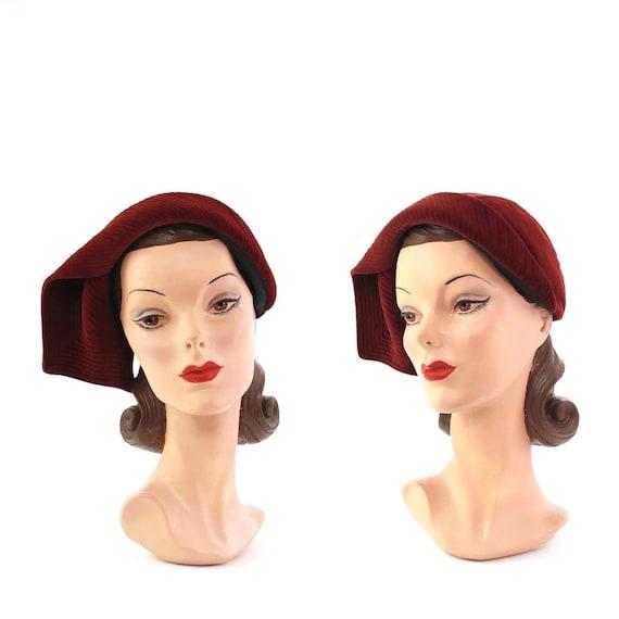 RESERVED | 1940s Red Velvet Hat - 1940s Curvette -