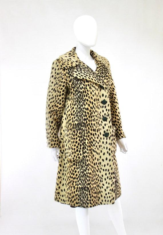 1960s Leopard Print Faux Fur Coat - Vintage Leopa… - image 8