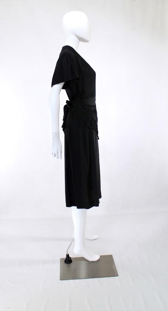 1940s Black Lattice Peplum Cocktail Dress - 1940s… - image 7