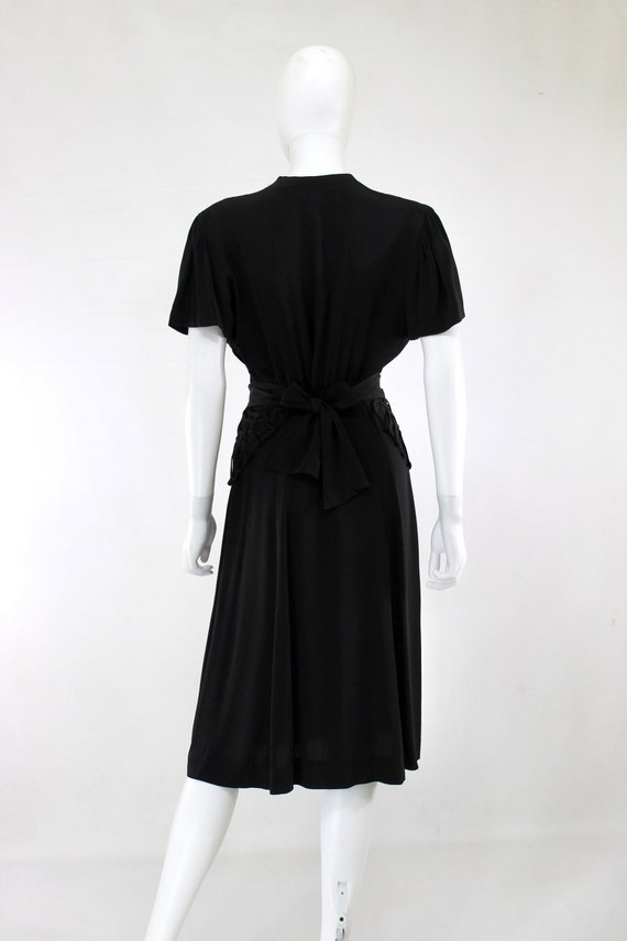 1940s Black Lattice Peplum Cocktail Dress - 1940s… - image 8