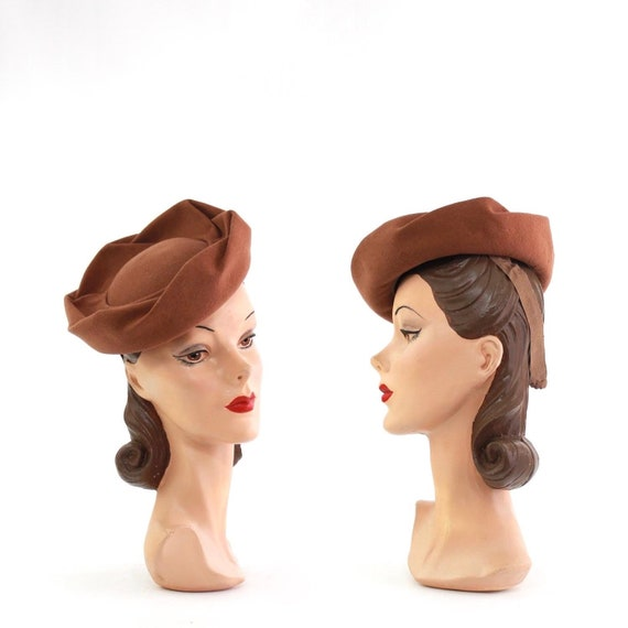 1940s Brown Crown Tilt Hat - 1940s Brown Tilt Hat