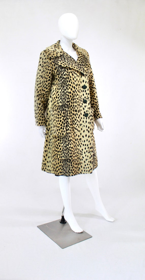 1960s Leopard Print Faux Fur Coat - Vintage Leopa… - image 9