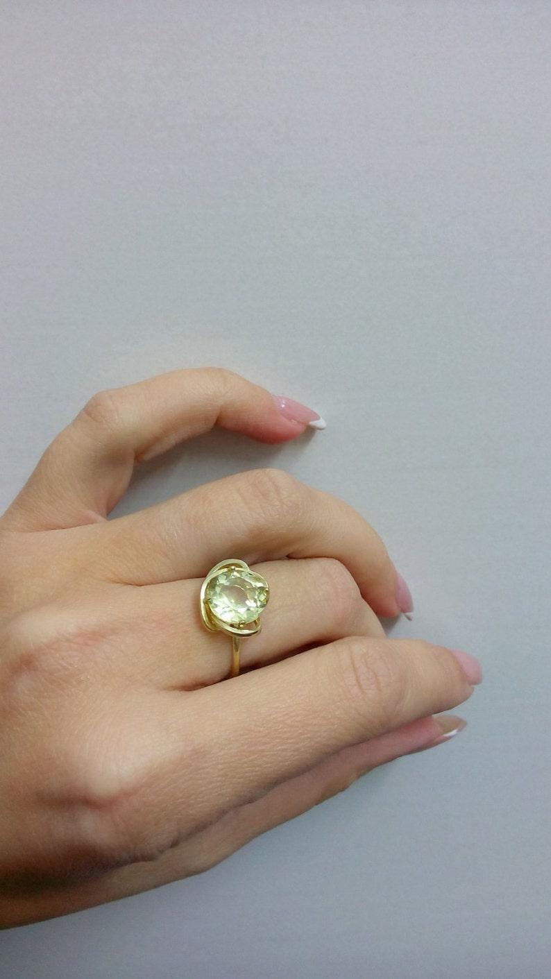 SALE Lemon quartz ring,light yellow ring,stack statement ring,gold ring,gemstone ring,small ring,vintage ring,cocktail ring