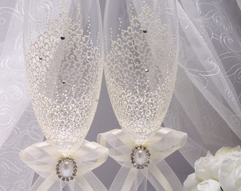 Champagne flutes Wedding champagne flute Wedding toasting flutes Toasting flutes for wedding Champagne flute glasses Toasting flutes wedding