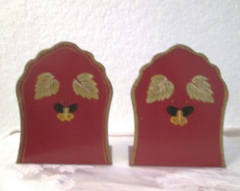 Burgundy Hand-Painted Bumble Bee Bookends, Pair