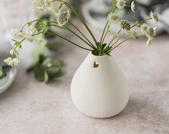 Seconds** Big Bellied Bud Vase with Gold Heart, Bud Vase, Ceramic Vase, White Vase, Love heart, Mother's Day, Valentines, I Love You
