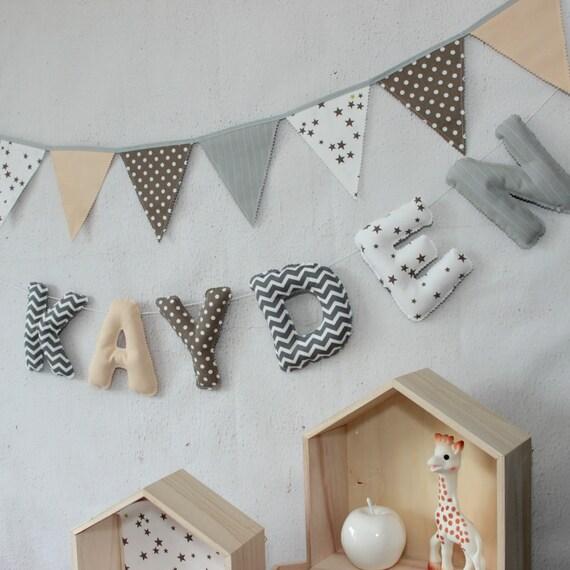 Guirlande prénom - Décoration chambre bébé, Cadeau Naissance, Taupe ...