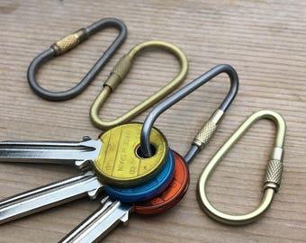 Titanium or  Bronze Shackle Keyring