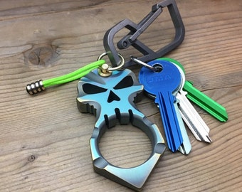 Skeleton Titanium Key Chain / Polished - Ano Green / Gold