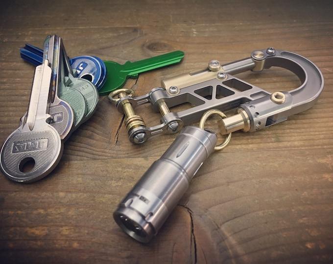 Titanium Edc Keychain Bolt Carabiner with S.Steeels USB Flashlight