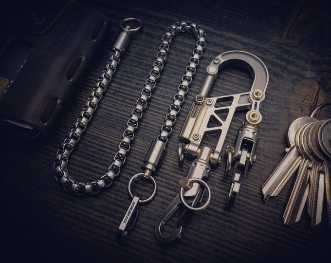 The Patriarch /  TOP Bolt Carabiner Wallet & Key Chain