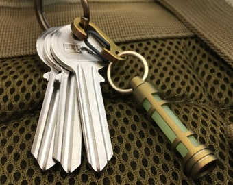 Locator Lamp / Titanium with Ti-Carabiner