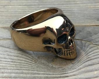 Skull ring in solid bronze