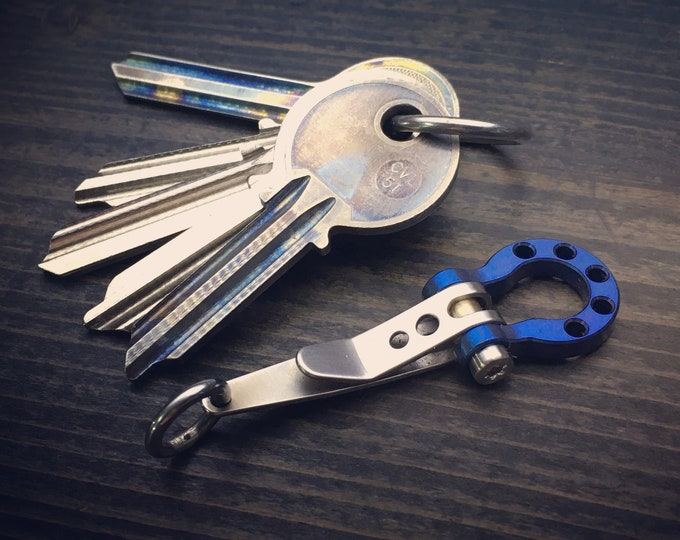 Ti-Omega Shackle Suspension Clip, Key ring, Pocket Edc Gear.