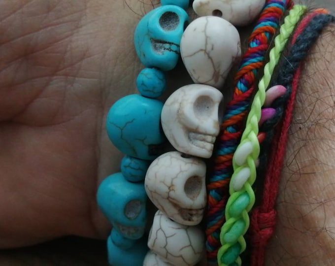 Turquoise Stone Skull Bracelet, Joined with Elastic Cord.