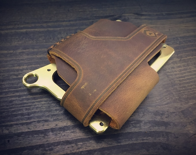 Trayvax - Contour Wallet / RFID blocking  / BRASS  / 3 Color Options