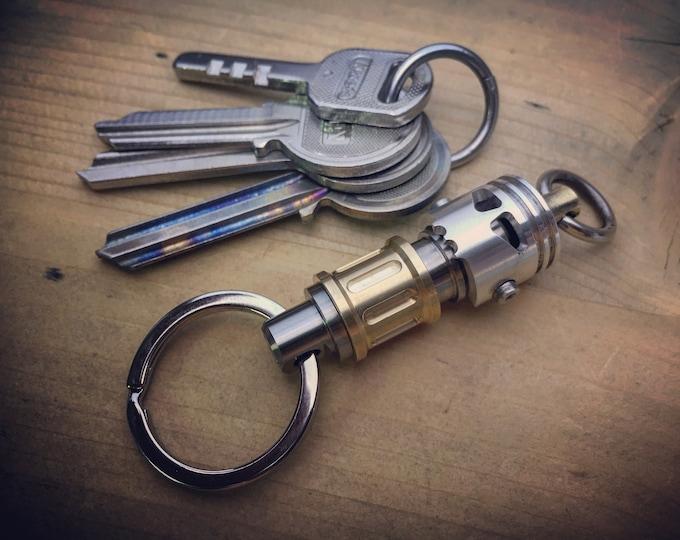 CB-Titanium Quick release connector Key chain with  Skull Piston Bob