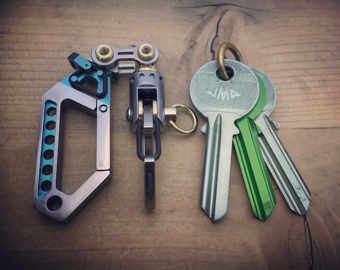 Ti-Drone Carabiner/ Swivel Jib Furler Keychain